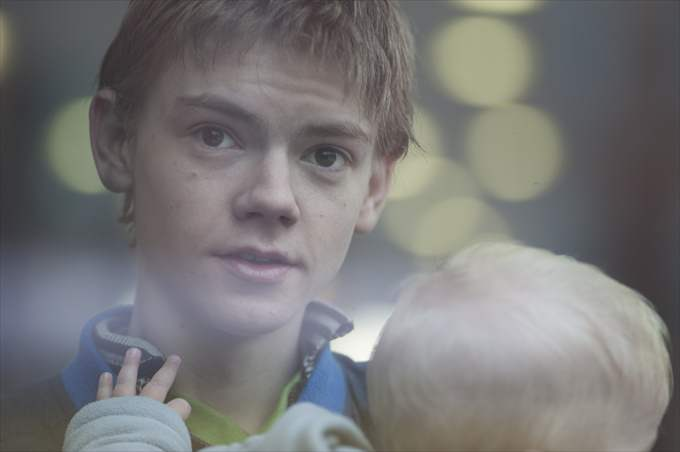 0463_sdb_t-sangster-and-baby_photo-nick-wall_r