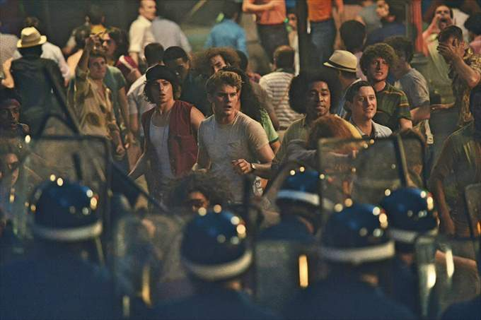 """ STONEWALL "" Photo by Philippe Bosse"